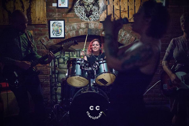 Kiss Me, Killer performing at The Chelsea Inn, Bristol, hosted by Custard's Punk 25/8/2017