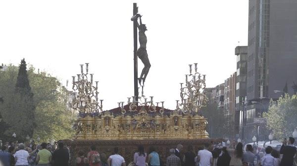 Escolapios pide que el Cristo de la Expiración haga el vía crucis oficial en su paso en Granada