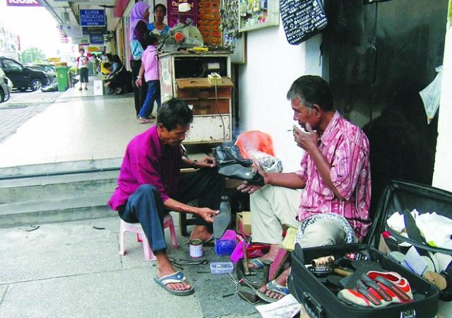 Hikmah Solat Dhuha, Tukang Kasut Mampu Miliki Kereta Mewah