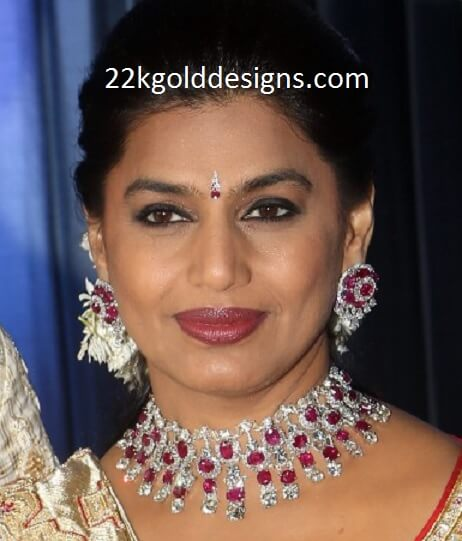 Pinky Reddy Jewellery at her Son Wedding