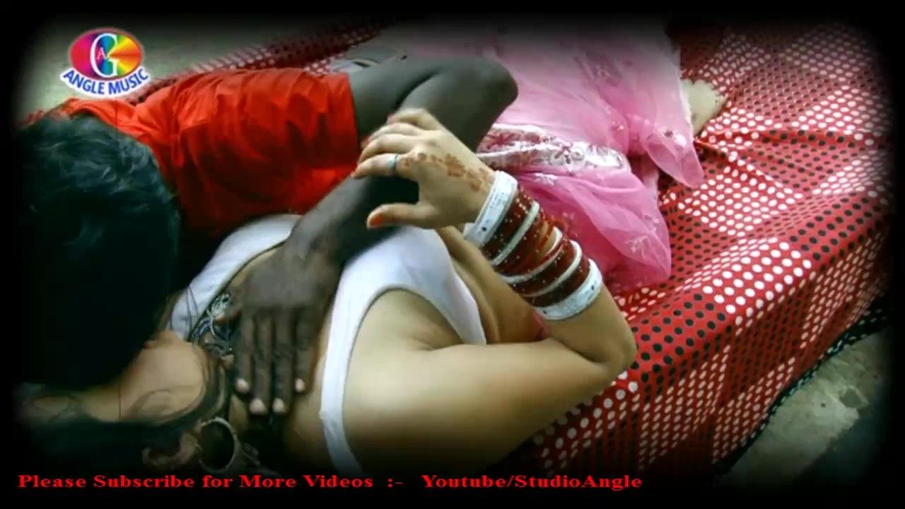 Indian Hot Actress Bhojpuri Sexy Actress Deep Cleavage Show-4991