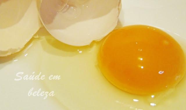 Mascara de clara de ovo
