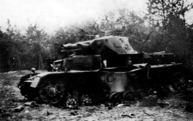 Το κατεστραμμένο Panzer IV του πρίγκιπα Albrecht
