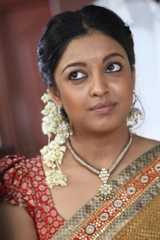 Tanushree Dutta Nude Photos 100
