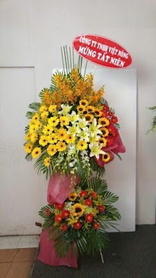 cua hang hoa tuoi trang bom