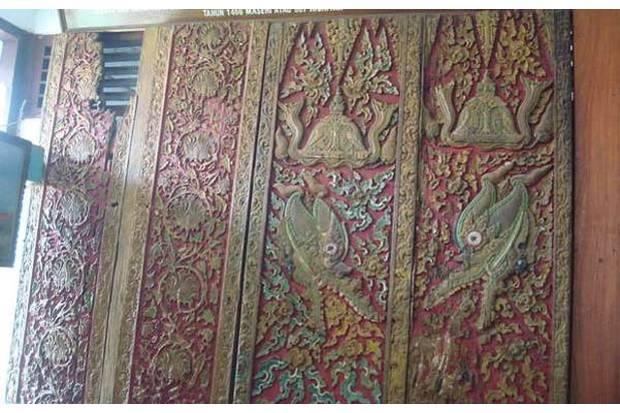 Misteri Pintu Petir Yang Berada Di Masjid Agung Demak
