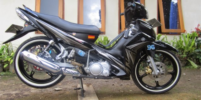 Modifikasi Motor Yamaha Jupiter Z 2010 Simple Black