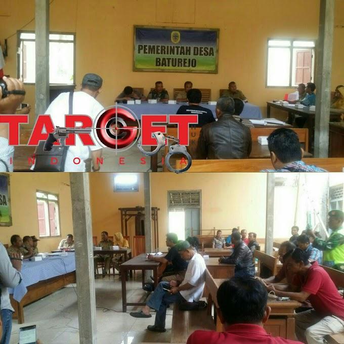 Audensi Antara Perwakilan Warga Desa Baturejo Dan Panitia Penjaringan Pengisian Perangkat Desa Berlangsung Kondusif