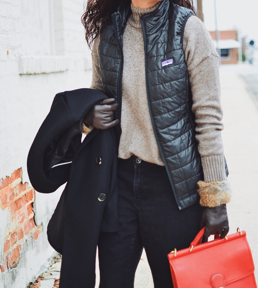 Puffer vest street style