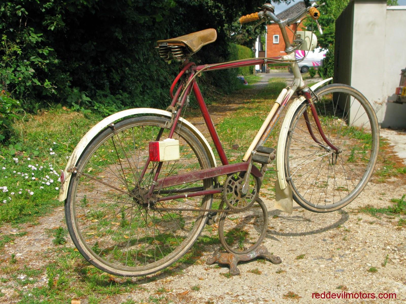 Red Devil Motors Triumph Palm Beach Bicycle