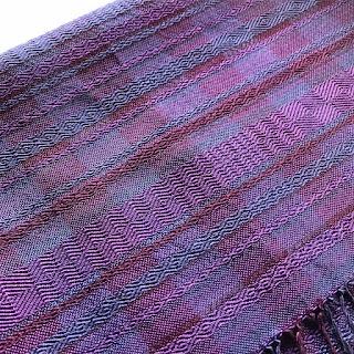 手織りシルク紫ショール