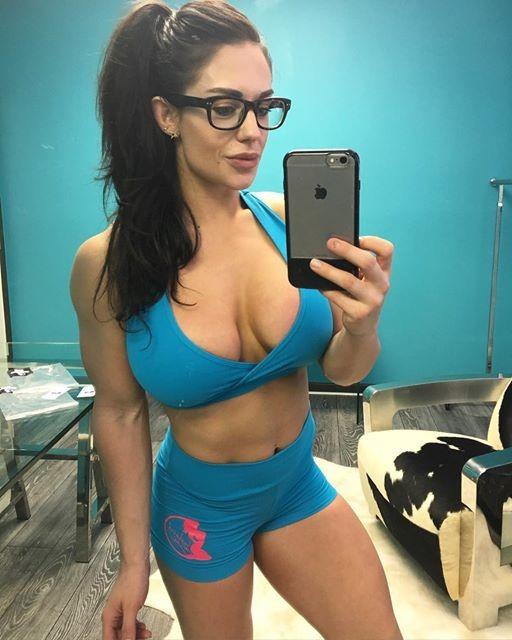 Fitness Celeste Beryl Braun Instagram