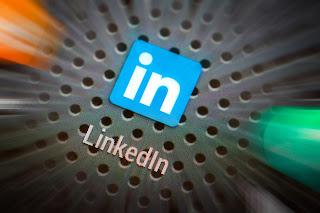 LinkedIn%2BSquare.jpg