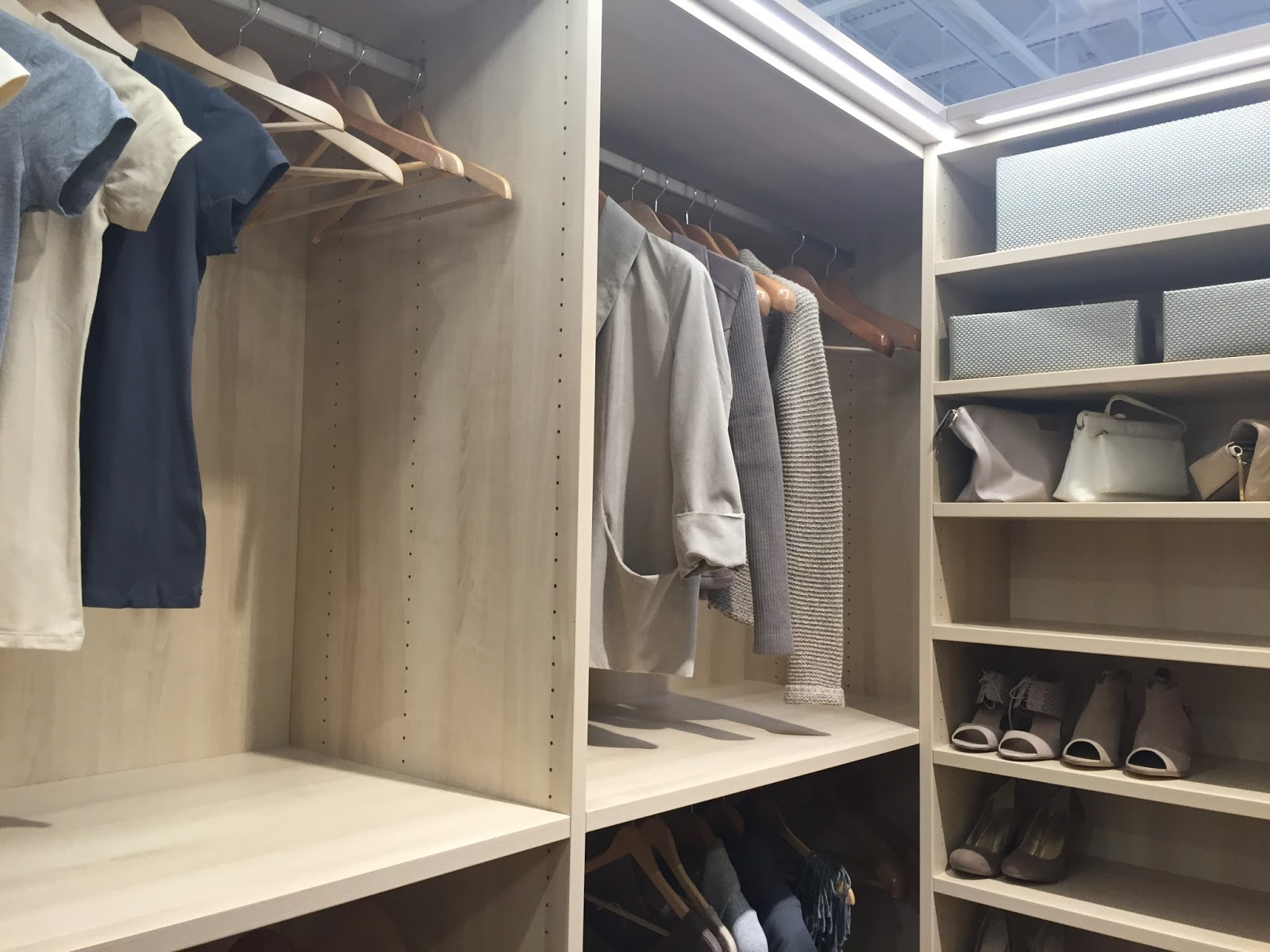 Tcs Closets Custom By The Container