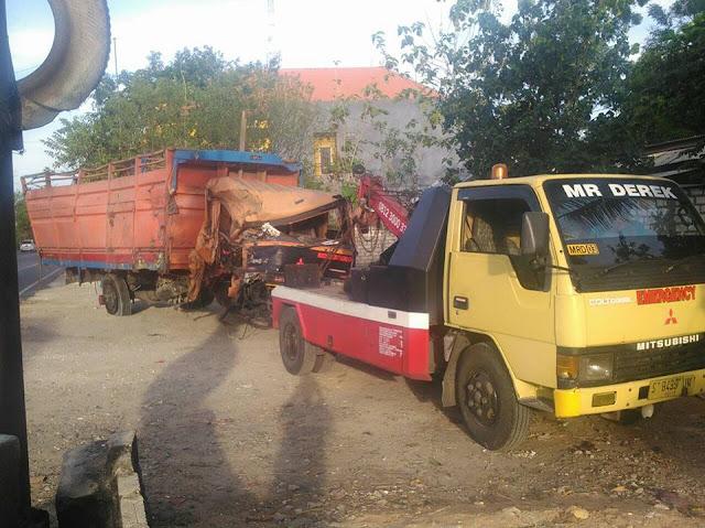Derek Surabaya Truck Besar, Elf, Truck Tangki, dan Kendaraan Besar