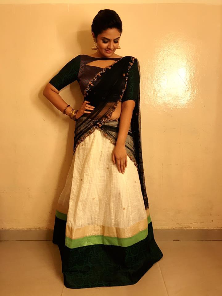 TV Anchor Srimukhi Hot Photos In Black Lehenga Voni
