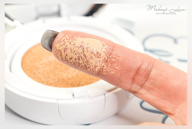 MIssha M Magic Cushion Foundation Review Swatch