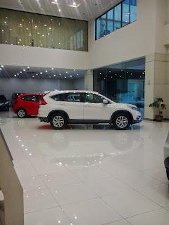Mobil Honda CRV Di Dealer Mobil Honda