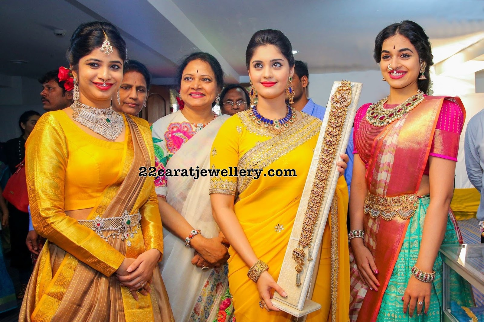 Vasundhara Diamond Roof Now At Vizag Jewellery Designs