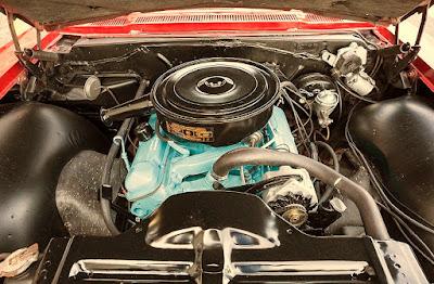 1965 Pontiac Bonneville Convertible V8 Engine