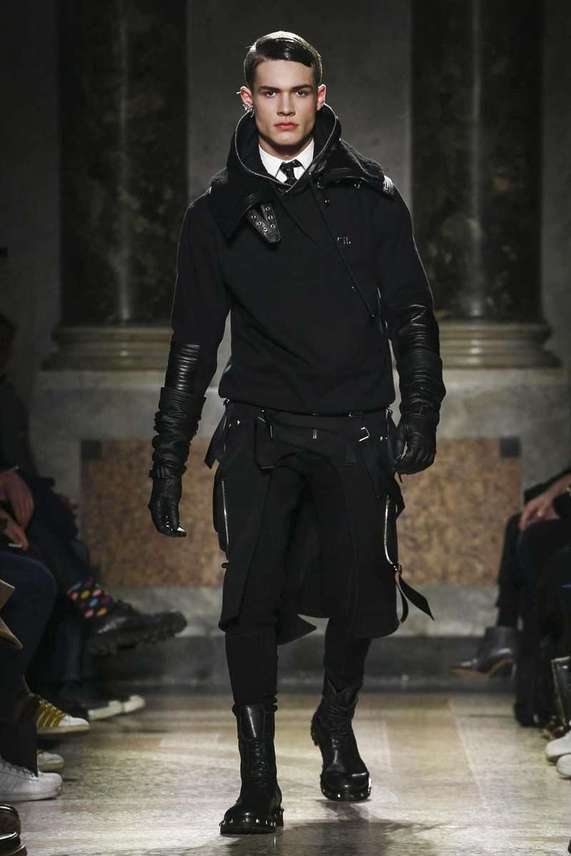 Les Hommes Fall-Winter 2017 - Milan Fashion Week
