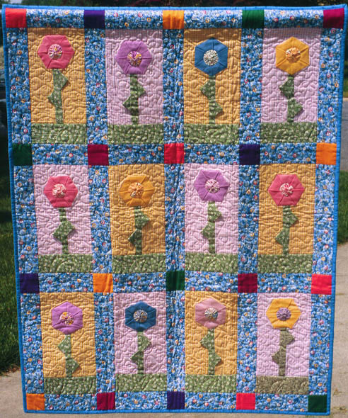 Debby Kratovil Quilts: 3-D Folded Hexagon Flowers and FREE pattern