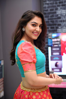 2018 Sep Ananya Soni at Bajaj Electronics9
