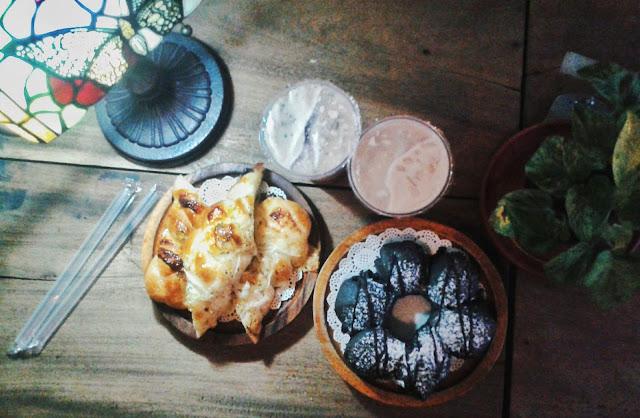 bread, pastries, amor, ubelt, philippines, menu, menu at amor