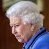 Οκτώ τροφές που η Βασίλισσα Ελισάβετ δεν τρώει ποτέ Δείτε ποια φαγητά και γιατί απαγορεύει στον εαυτό της