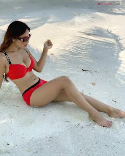 Neha Malik in Red Bikini Beautiful Actress Model Sizzling Spicy Bikini Pics .XYZ Exclusive 15