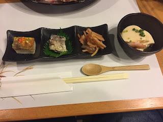 verdura encurtida y tofu