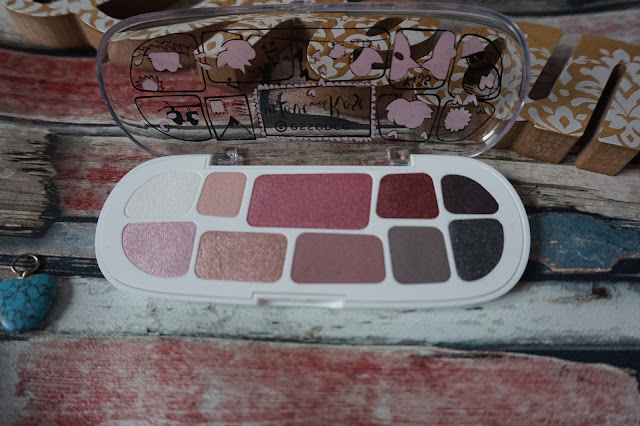 BEAUTY | Essence at Wilkos - Eyeshadow Boxes