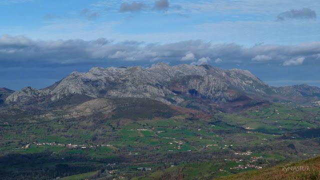 Sierra del Sueve desde El Tombu - Piloña - Asturias