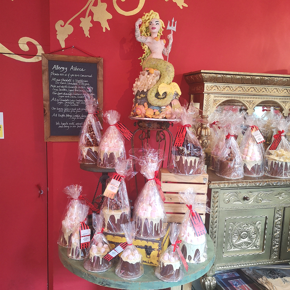 Choccywoccydoodah cake shop