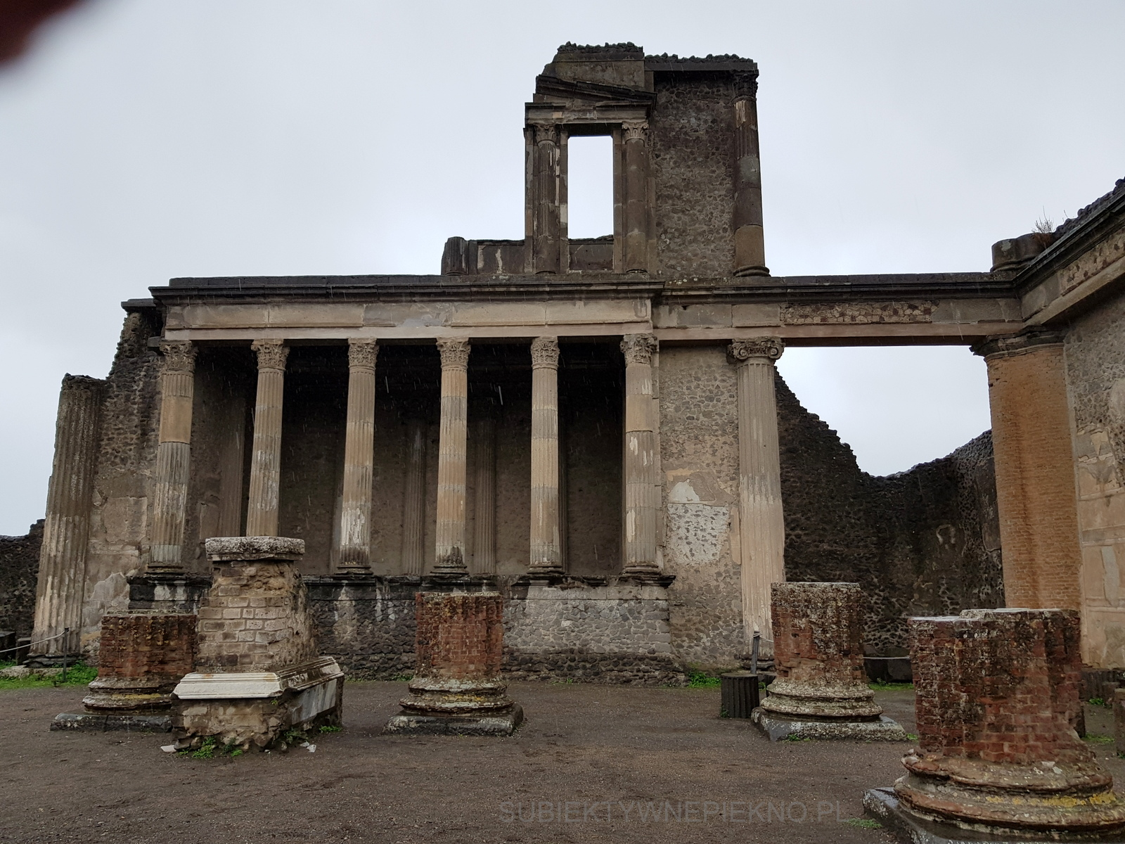 Pompeje koło Neapolu. Zwiedzanie ruin starożytnego miasta