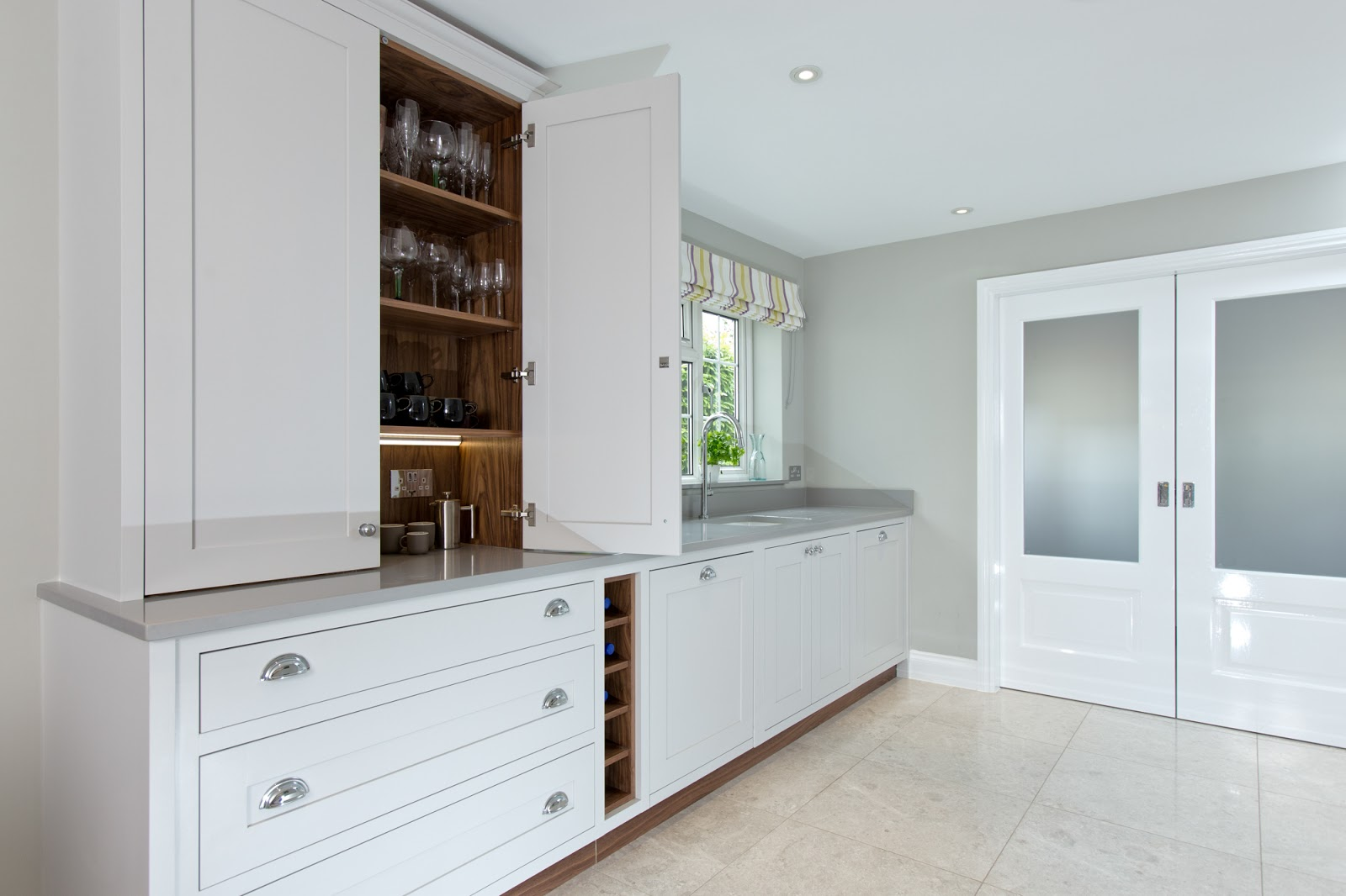 Maple Amp Gray Cornforth White Shaker Kitchen