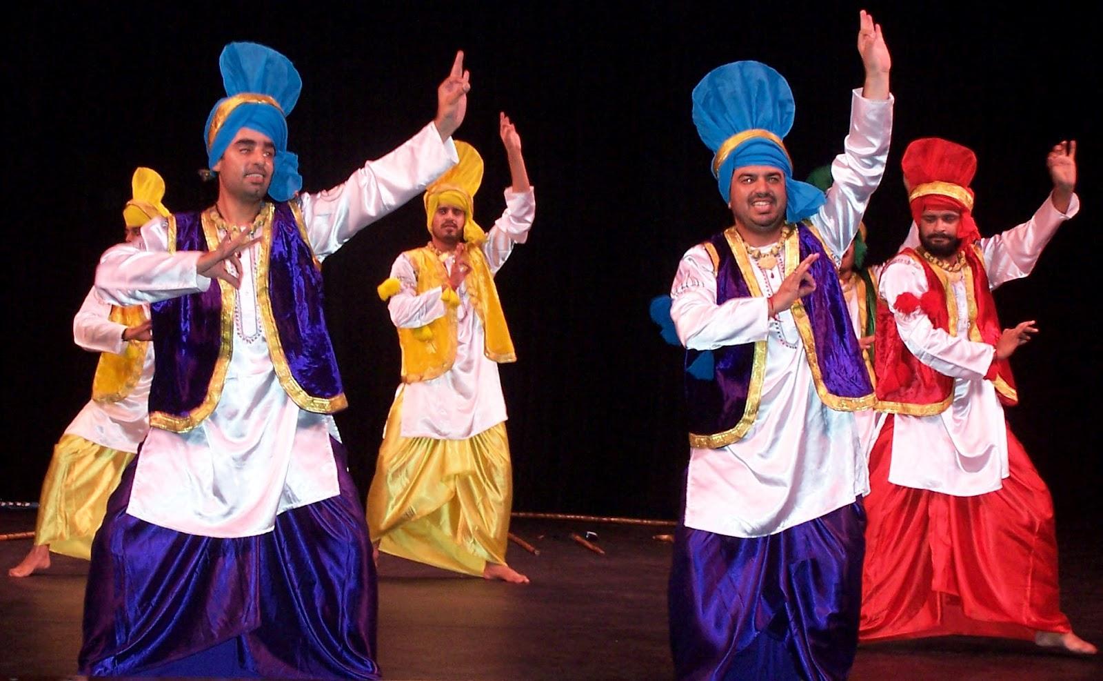 Costume of Punjab  Punjabi dress  Traditional dress of ...