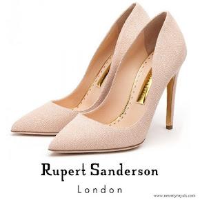 Kate Middleton wore Rupert Sanderson Calice Pumps