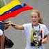 La mujer de Leopoldo López consigue visitarle en la cárcel