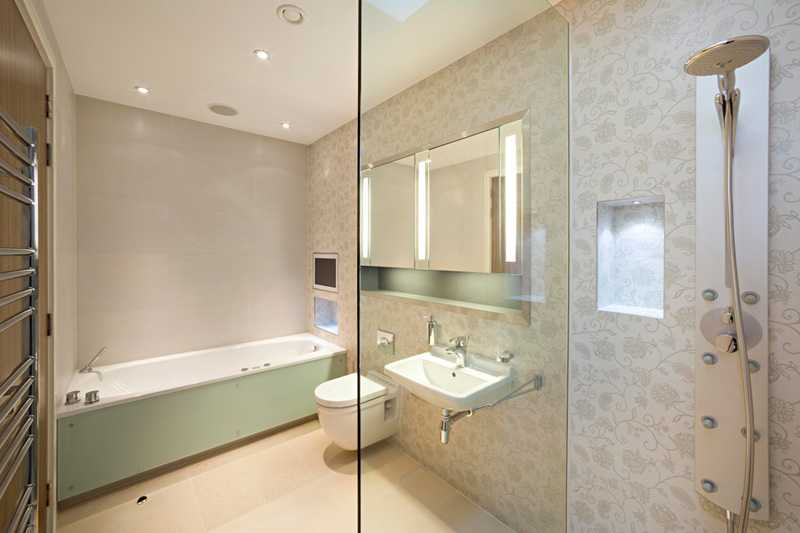 36 banheiros modernos e contemporâneos + dicas de cores e revestimentos!  De -> Banheiros Sociais Modernos