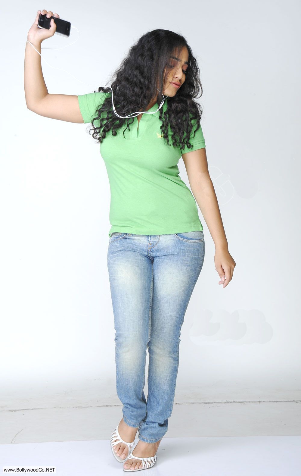 Indian Fashion Trends Light Green T Shirt With Blue Jeans