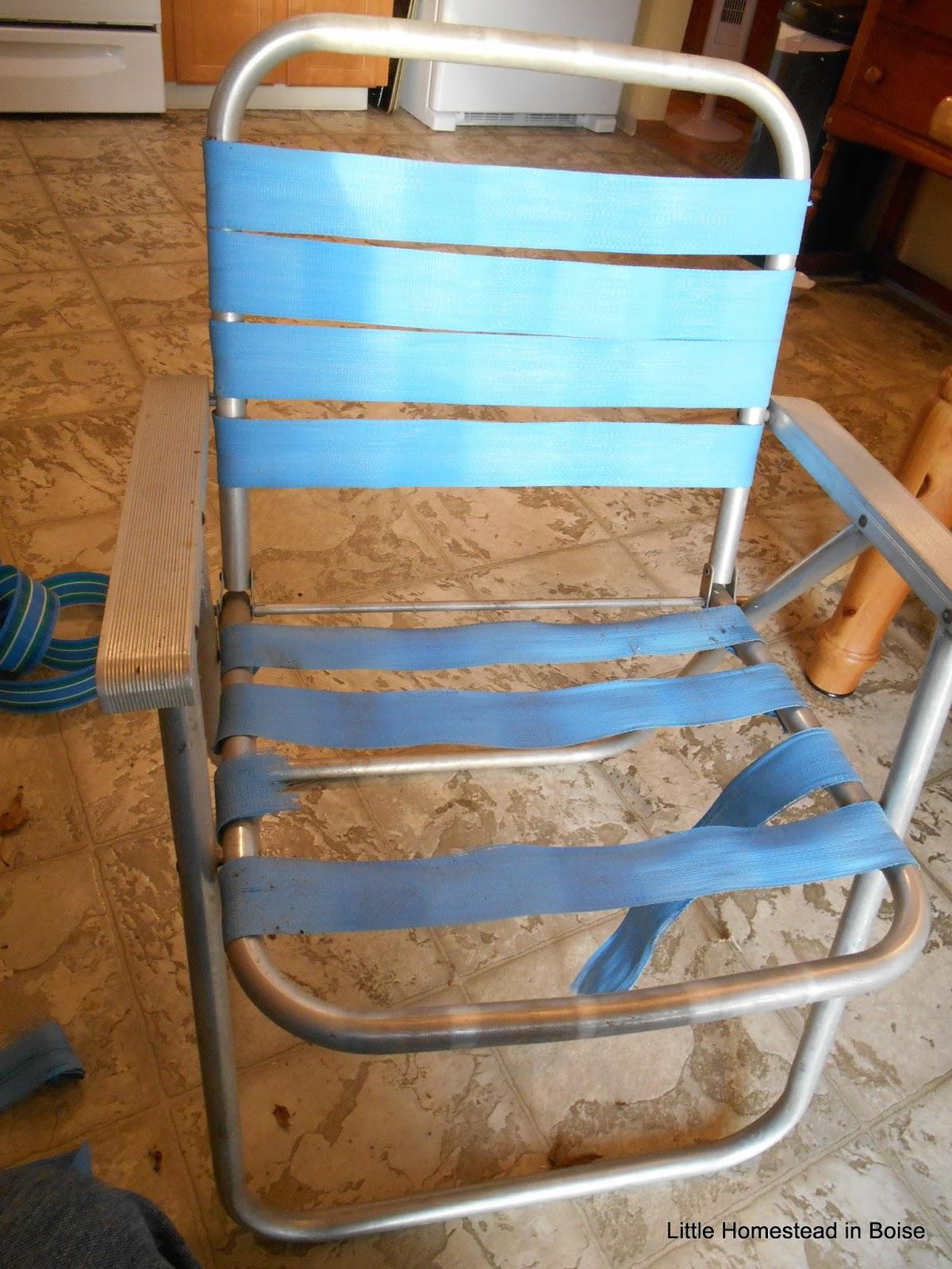 Little homestead in boise re webbing a vintage lawn chair for Lawn chair webbing