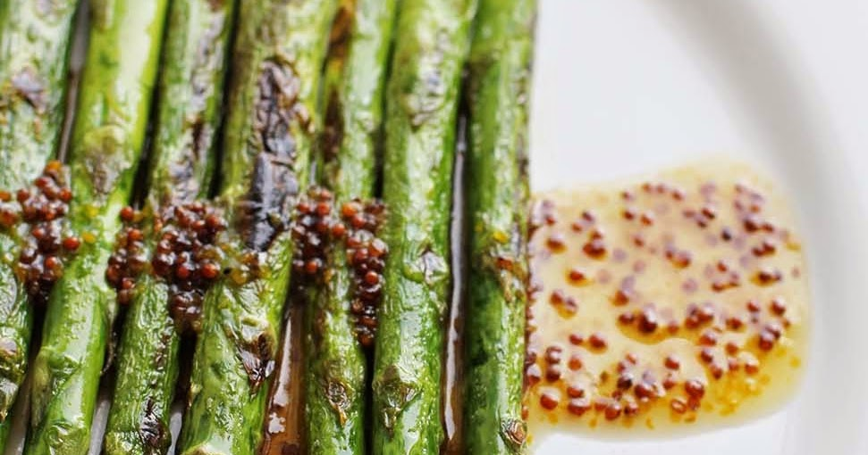Esp%C3%A1rragos+verdes+con+vinagreta+de+mostaza+www.cocinandoentreolivos+(16) Laplancha