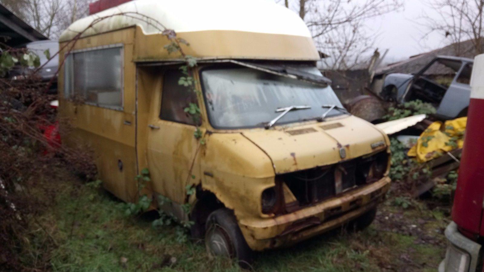 Bedford CF2 Van: Fevereiro 2017