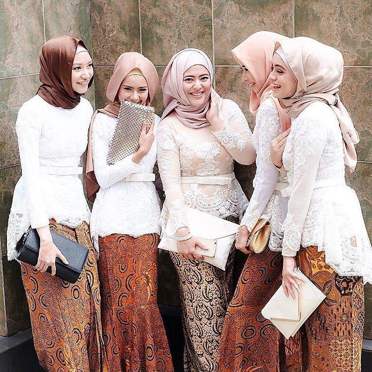 Model Batik Kerja Remaja Modern: 18 Contoh Kebaya Untuk Seragaman