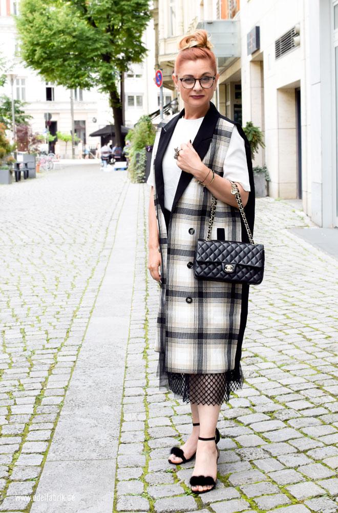 wozu trage ich eine Chanel Handtasche, schwarze Chanel
