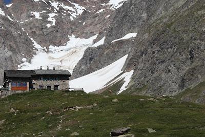 Rifugio Elisabetta with the Lex Blanche glacier behind it.