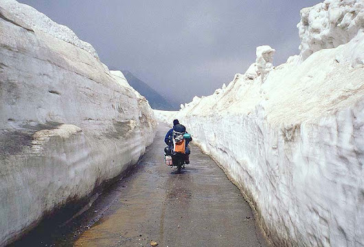 Rohtang Pass : Highest jeep-able road in the world