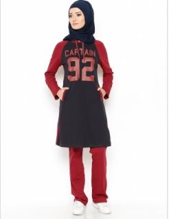 pakaian olahraga wanita berjilbab