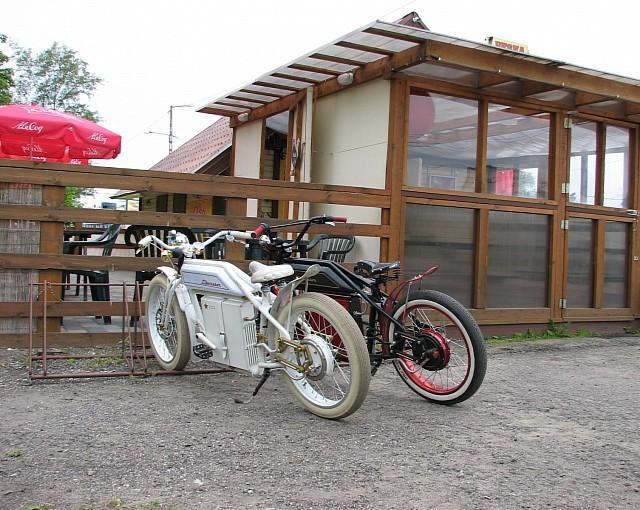 Liberator, Sepeda Motor Jadul Bermesin Listrik | Loper Artikel